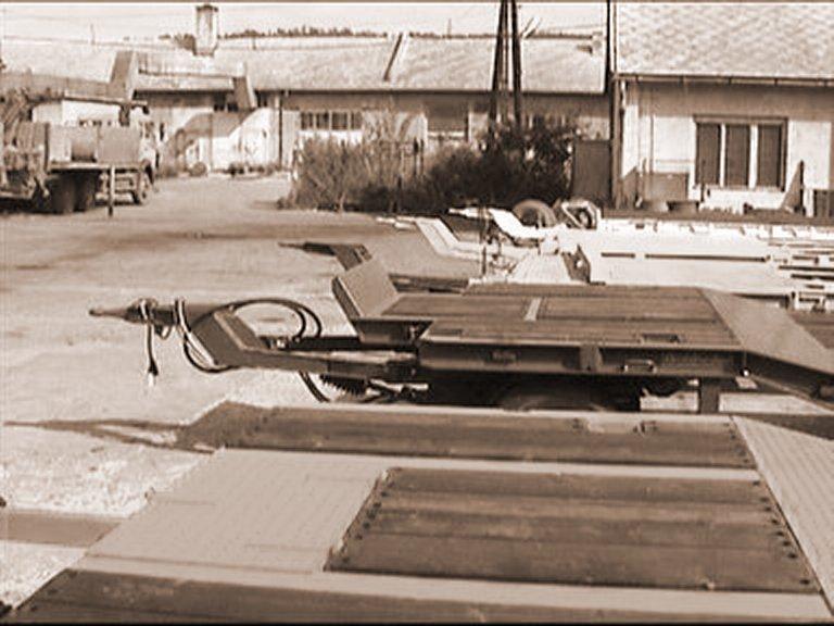 1993 – Goldhofer TU járművek szerelése